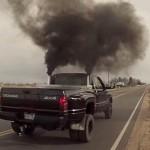 Черный дым из выхлопной трубы – причины, последствия